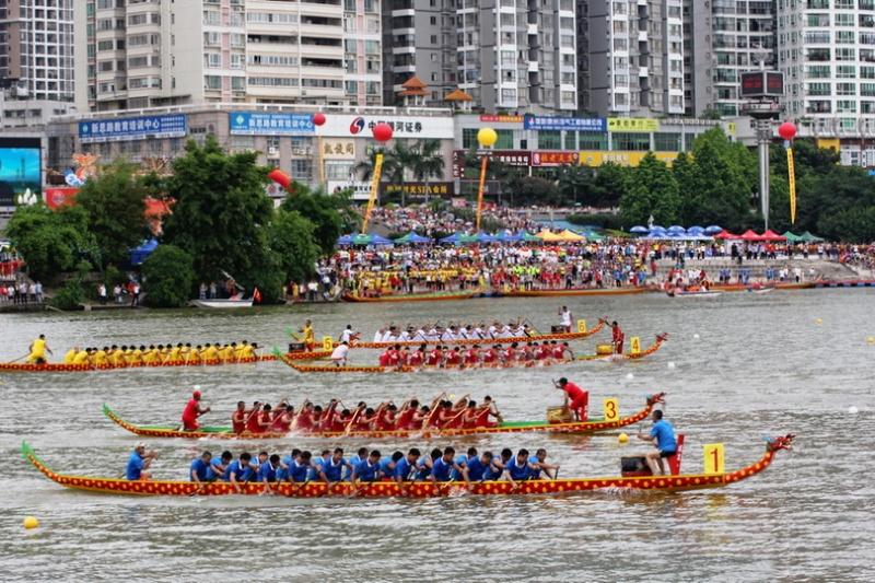 白桥龙舟赛成移芝队_端午龙舟赛:广东地区全攻略
