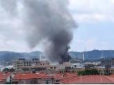 突发!昨天厚街一仓库发生火灾,现场浓烟滚滚!